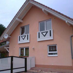 Auer_GmbH_Pirmasens_Zaun_Glas_Montage_Handwerker_balkon-14