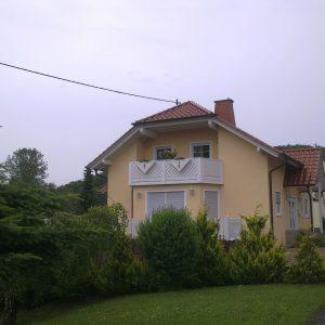 Auer_GmbH_Pirmasens_Zaun_Glas_Montage_Handwerker_balkon-3