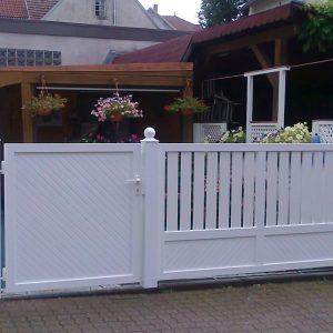 Auer_GmbH_Pirmasens_Zaun_Glas_Montage_Handwerker_tore-32