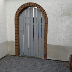 Auer_GmbH_Pirmasens_Zaun_Glas_Montage_Handwerker_tore-4