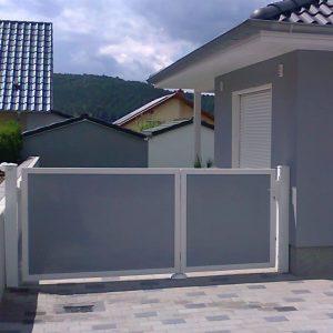 Auer_GmbH_Pirmasens_Zaun_Glas_Montage_Handwerker_tore-46