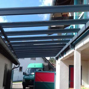Auer_GmbH_Pirmasens_Zaun_Glas_Montage_Handwerker_ueberdachung-10