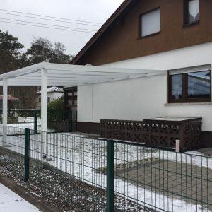 Auer_GmbH_Pirmasens_Zaun_Glas_Montage_Handwerker_ueberdachung-44