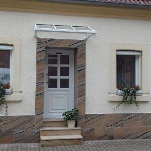 Auer_GmbH_Pirmasens_Zaun_Glas_Montage_Handwerker_vordach-1